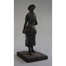 Sculptuur Het Schoolmeisje