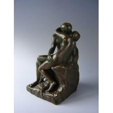 Sculptuur de Kus van Rodin middel